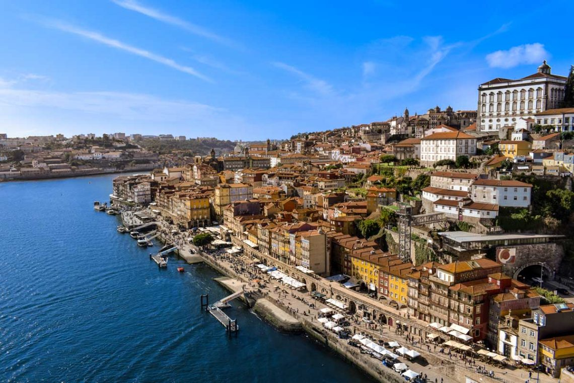 Ribeira day view for 3 days in Porto